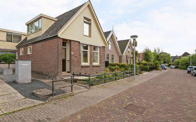 Dorpsstraat 838