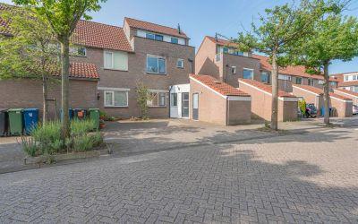 Henriëtte Roland Holststraat 9