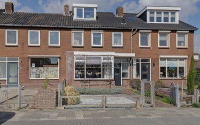 Pieter de Hooghstraat 32