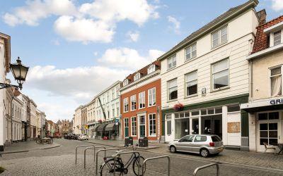 Lievevrouwestraat 8