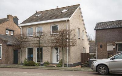 Steenweg 60