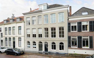 Nieuwstraat 21