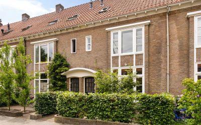 Petrus Dondersstraat 84